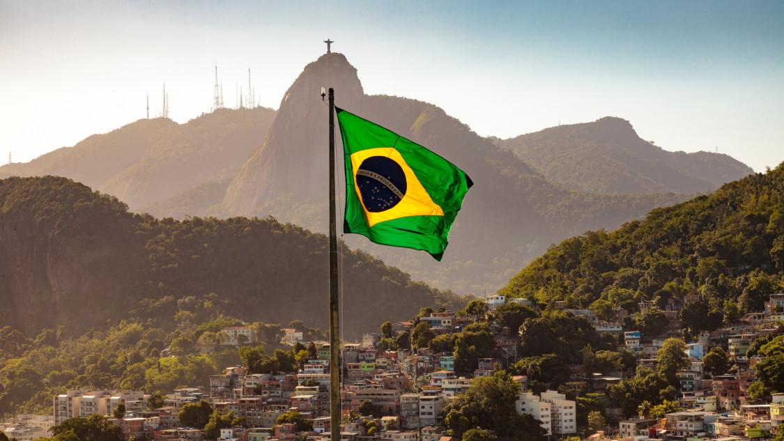 Brazil zászló alakzat - tombol a szamba a részvénypiacon