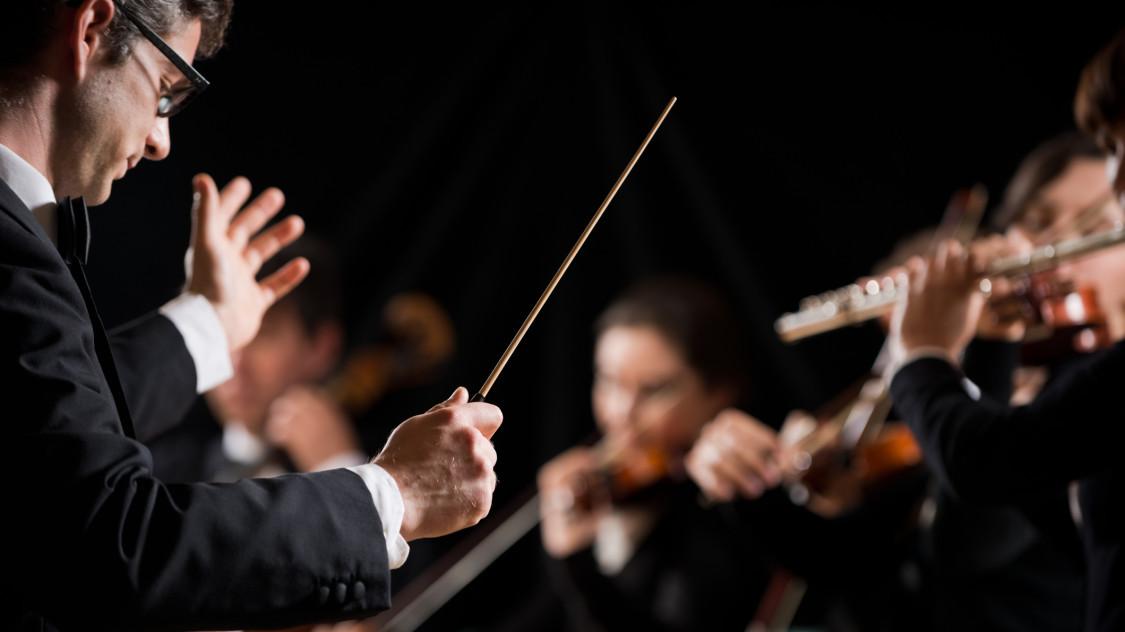 Kinél lesz a karmesteri pálca a magyar részvények piacán?